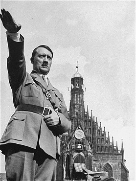 hitler-infront-church.jpg